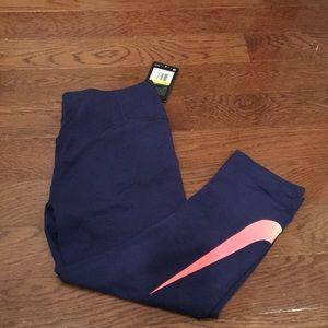 NWT Nike Dri-Fit crop workout pants